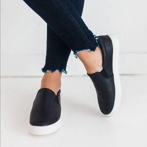 Shoes - SALE❤️ Vegan leather slip on sneakers black white